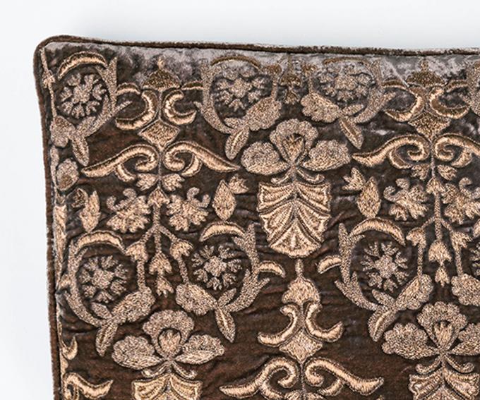 Angel cushion – Sandstone