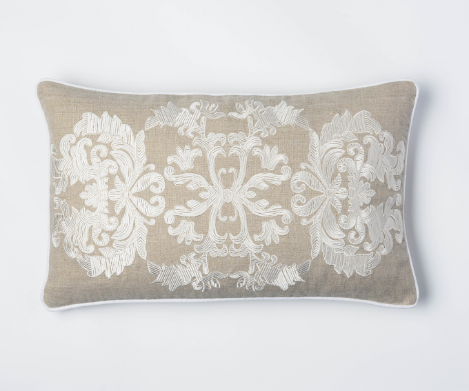 Lydia - small natural linen cushion with butta design